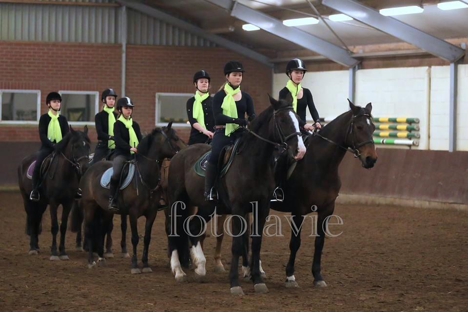Caroussel wedstrijd, pony en paardrijles manege De Hazelhorst, Den Ham Overijssel